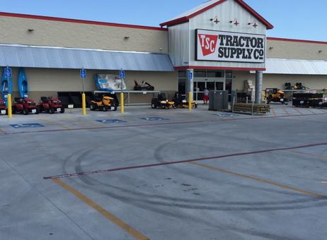 Tractor Supply - Edna, TX | Oakwood Construction